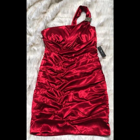 Bisou Bisou Dresses & Skirts - Little Red Dress NWT